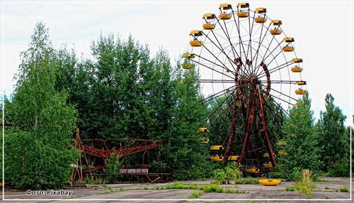Хлынул народ в Чернобыль