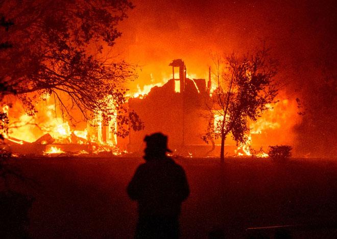 Калифорния молнии пожары