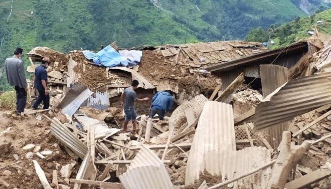 nepal-opolzni