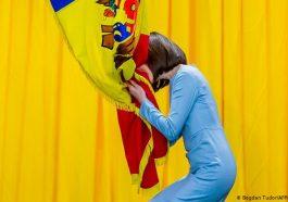 Сайт президента Молдовы «забыл» русский язык