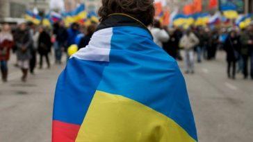 Россия призывает защищать русских на Украине