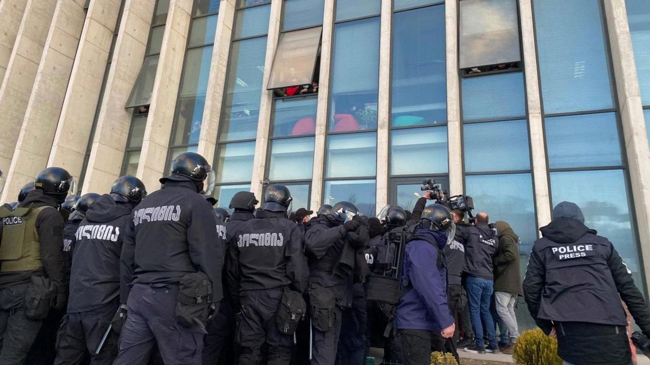В Грузии арестовали лидера оппозиции