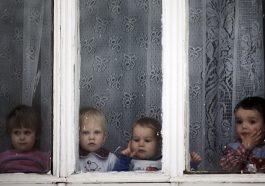 В интернатах всех детей будут одевать за счёт государства