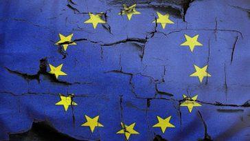 Евросоюз оставил в «чёрном списке» ряд россиян и украинцев
