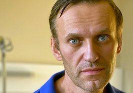 Навальный получил выговор