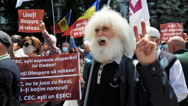 Молдавские политики не стесняются в методах борьбы за власть