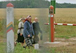 Литва ограждает себя колючей проволокой