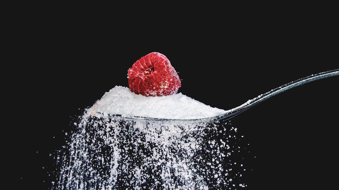 Россия нашла способ остановить цены на сахар